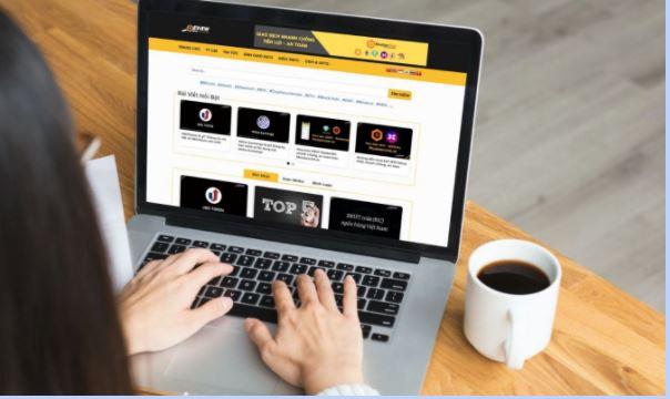 Giao diện Blog ReviewInvest.Com hiện tại